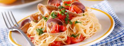 spaghetti alle vongole con colatura di alici